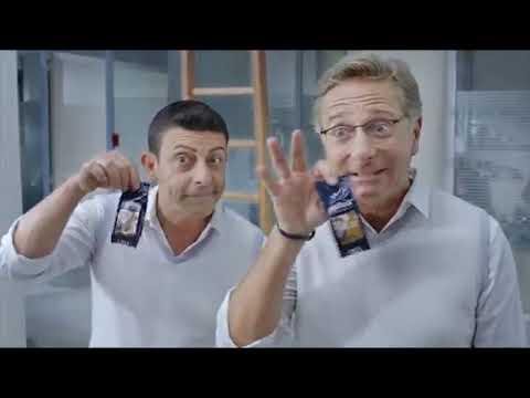 Lavazza Espresso Point - Paolo Bonolis e Luca Laurenti, In ufficio.