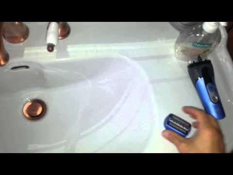Pulizia testina Braun CoolTc sotto l'acqua corrente