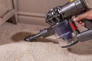 aspirare i tappeti è facile e veloce con un aspirabriciole