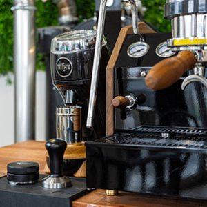 macchina caffè con manometro